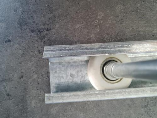 Nylon wheel with track