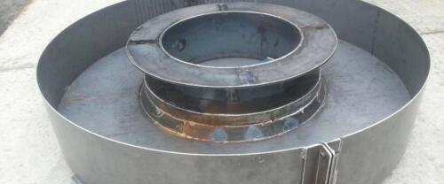 Steel concrete mold